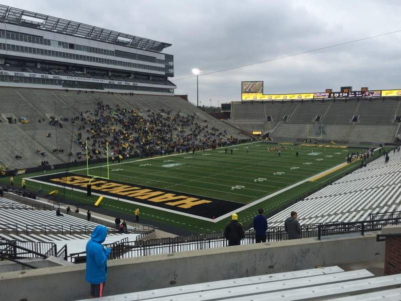 Seating view for Kinnick Stadium Section 211 Row 10 Seat 10