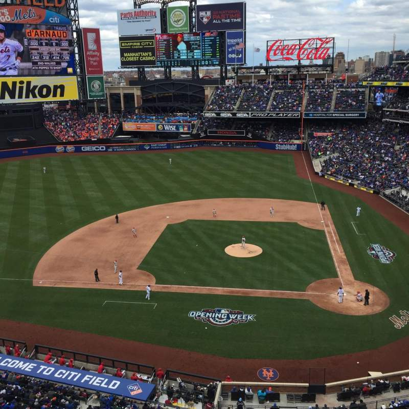 Seating view for Citi Field Section 318 Row 5 Seat 18