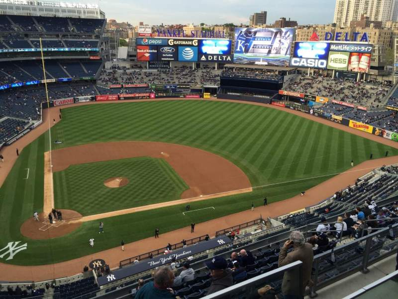 Seating view for Yankee Stadium Section 407 Row 1 Seat 5