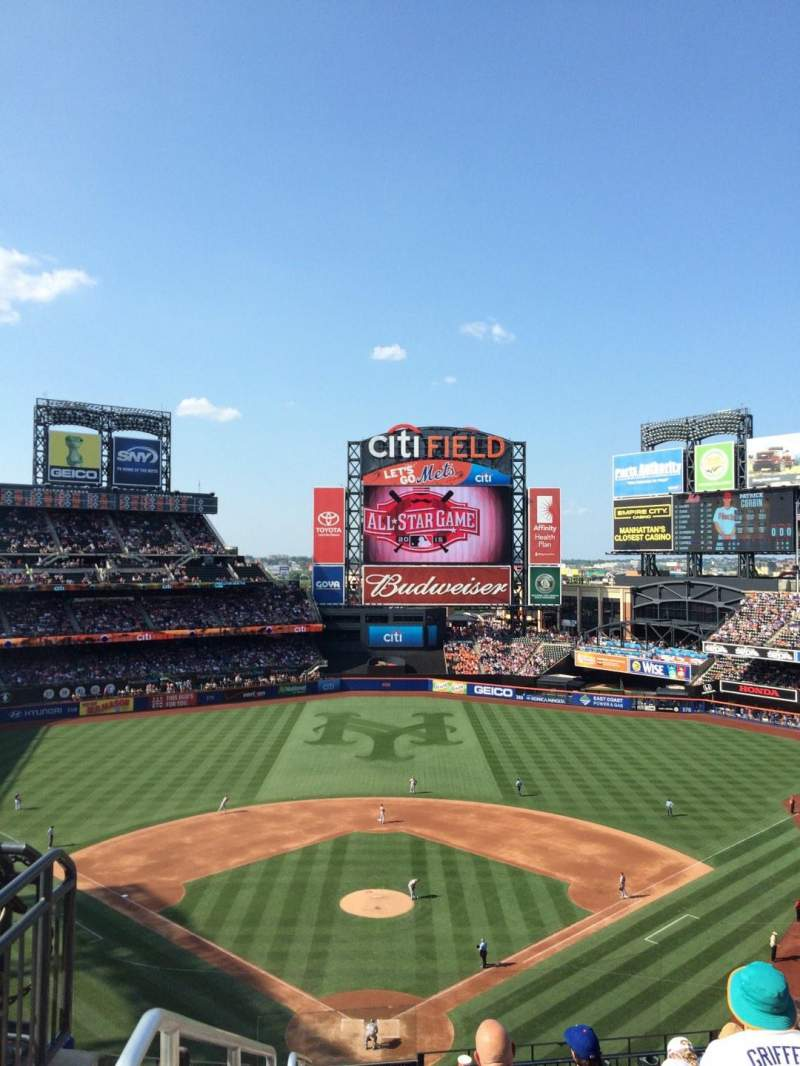 Seating view for Citi Field Section 319 Row 1 Seat 5