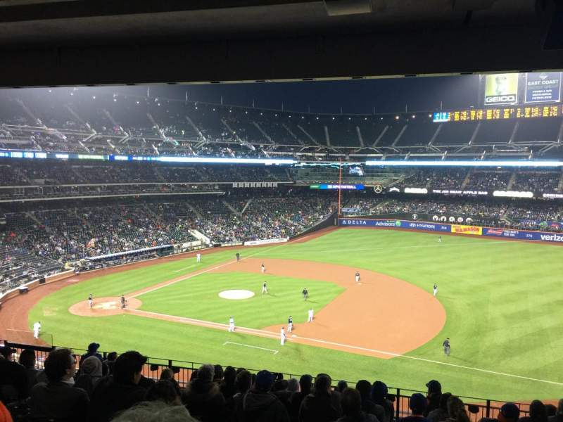 Seating view for Citi Field Section 310 Row 14 Seat 16