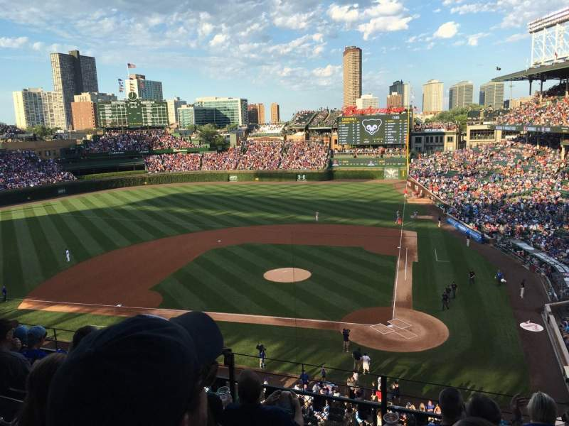 Seating view for Wrigley Field Section 417 Row 6 Seat 102
