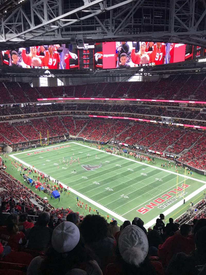Seating view for Mercedes-Benz Stadium Section 304 Row 20 Seat 7