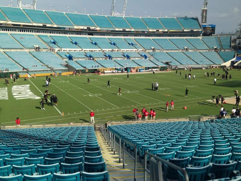 Seating view for EverBank Field Section 115 Row Bb Seat 1