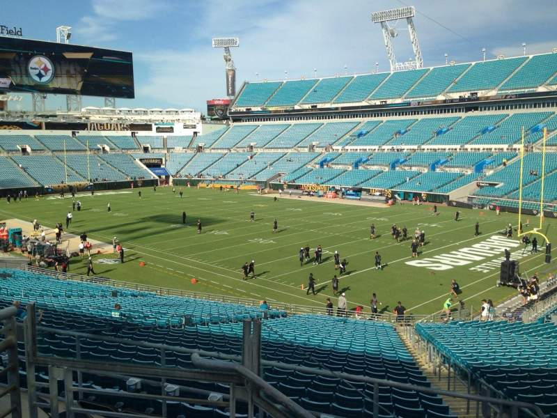 Seating view for EverBank Field Section 202 Row C Seat 14
