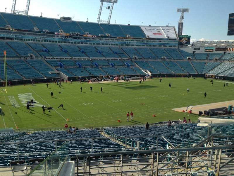 Seating view for EverBank Field Section 242 Row F Seat 7
