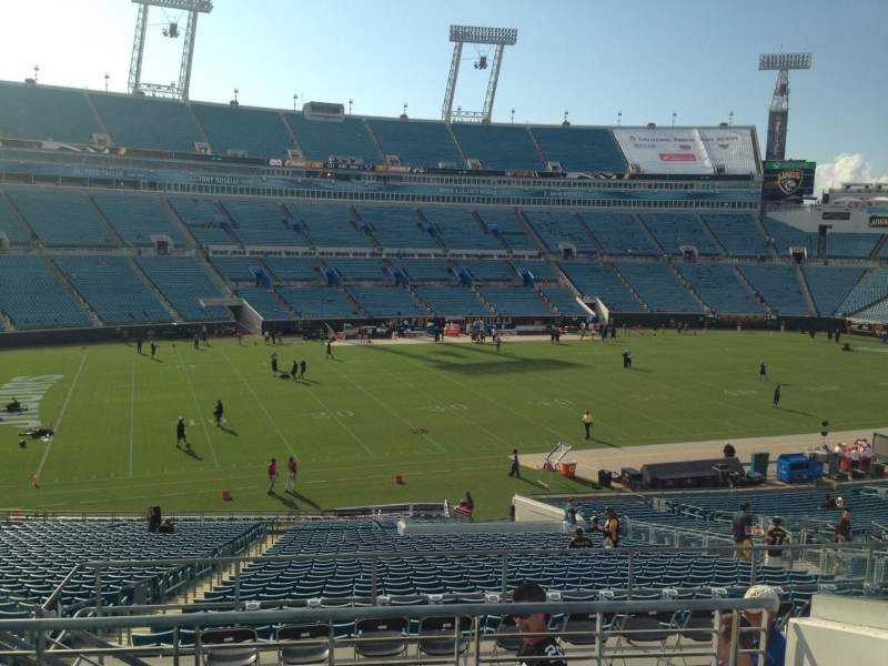 Seating view for EverBank Field Section 240 Row F Seat 20