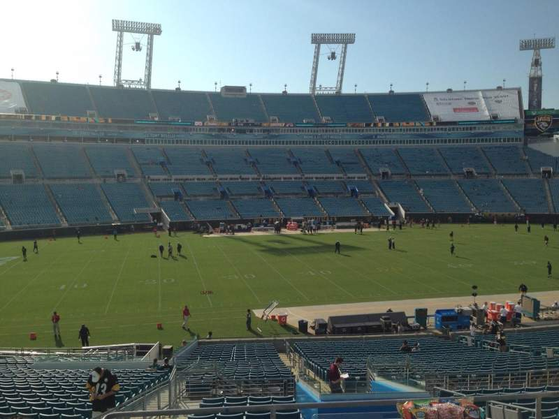 Seating view for EverBank Field Section 239 Row B Seat 4