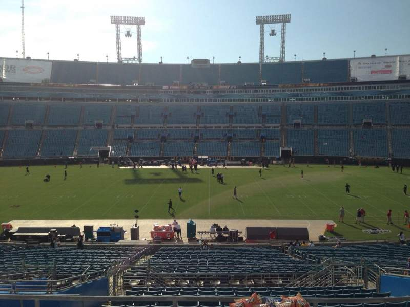 Seating view for EverBank Field Section 235 Row A Seat 17