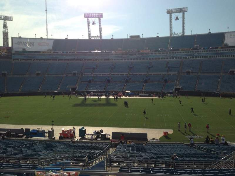 Seating view for EverBank Field Section 234 Row A Seat 6