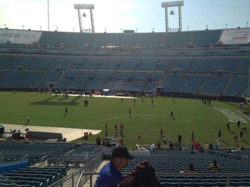 Seating view for EverBank Field Section 231 Row A Seat 20