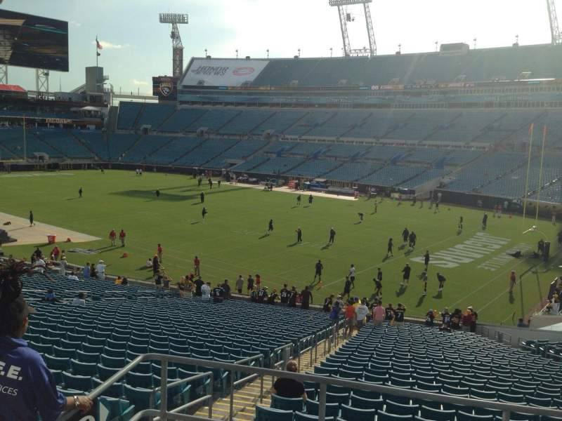 Seating view for EverBank Field Section 228 Row B Seat 14