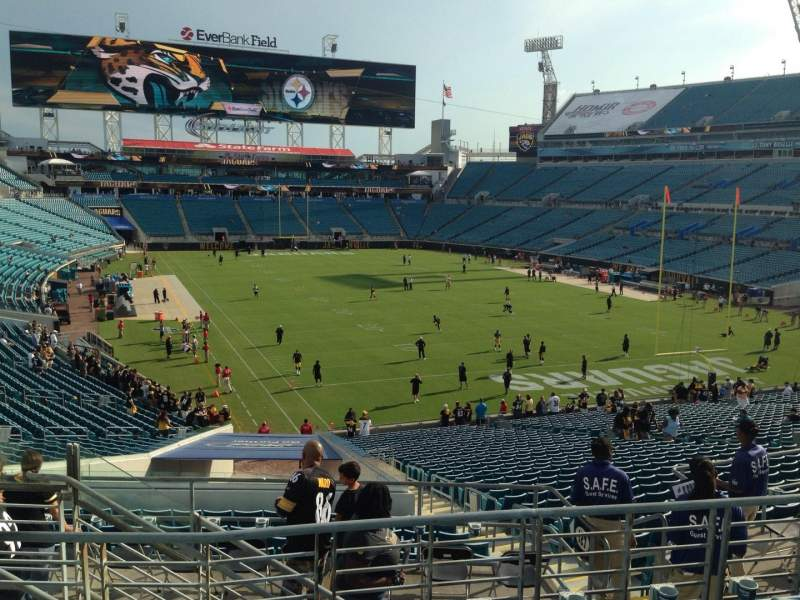 Seating view for EverBank Field Section 226 Row F Seat 14