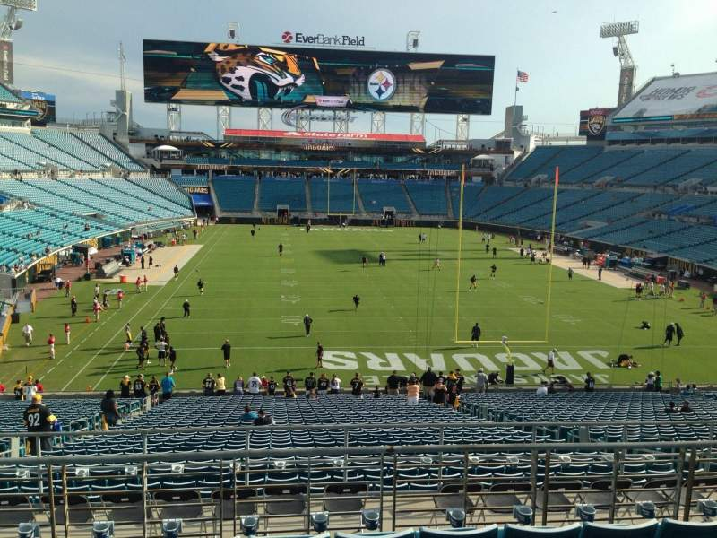 Seating view for EverBank Field Section 222 Row H Seat 13