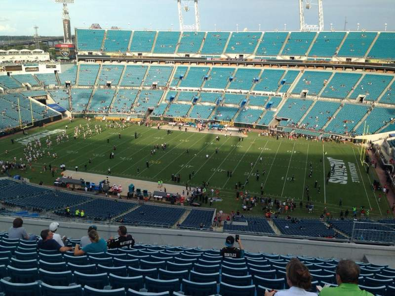 Seating view for EverBank Field Section 408 Row 9 Seat 10
