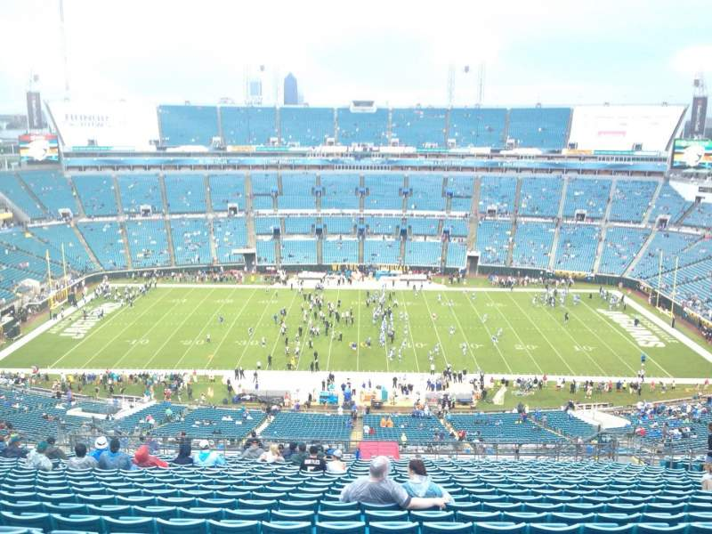 Seating view for EverBank Field Section 436 Row BB Seat 17