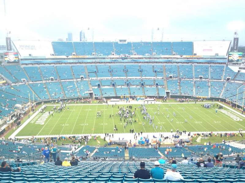 Seating view for EverBank Field Section 437 Row BB Seat 15