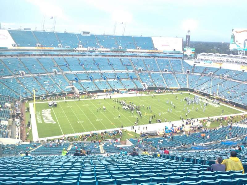 Seating view for EverBank Field Section 441 Row EE Seat 11