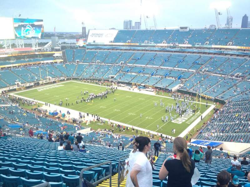 Seating view for EverBank Field Section 431 Row EE Seat 18