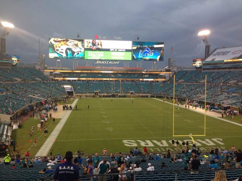 Seating view for EverBank Field Section 224 Row D Seat 22