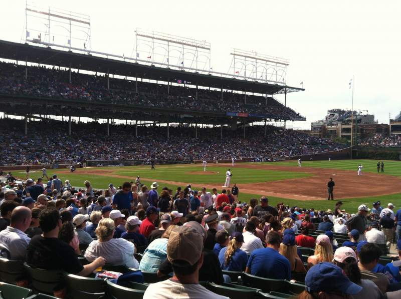 Wrigley Field, section: 134, row: 11, seat: 105