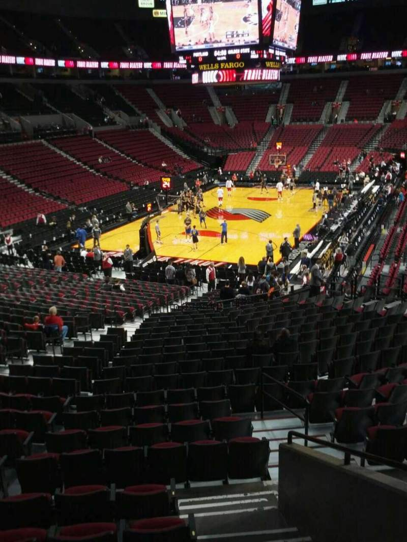 Seating view for Moda Center Section 206 Row g Seat 2