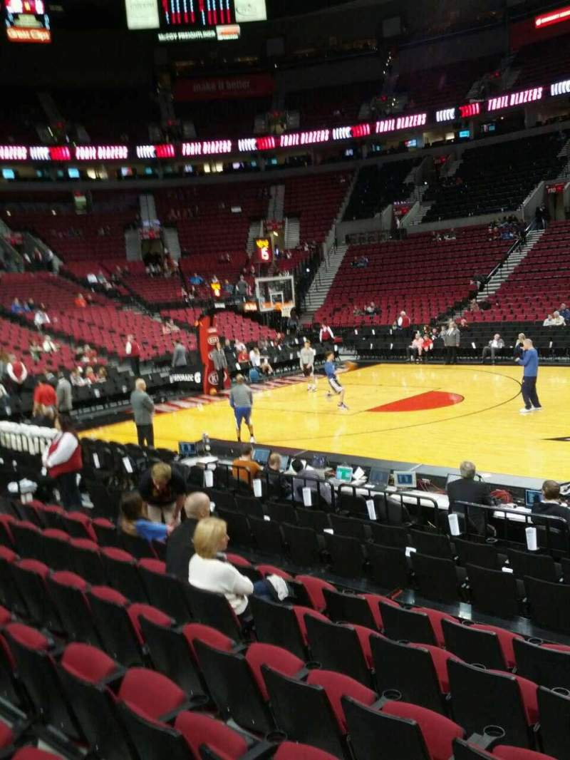 Seating view for Moda Center Section 101 Row g Seat 3