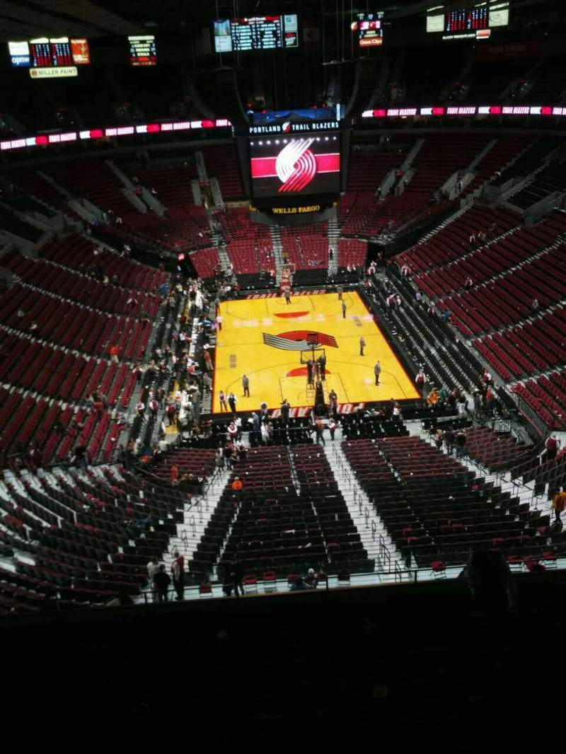 Seating view for Moda Center Section 324 Row k Seat 8