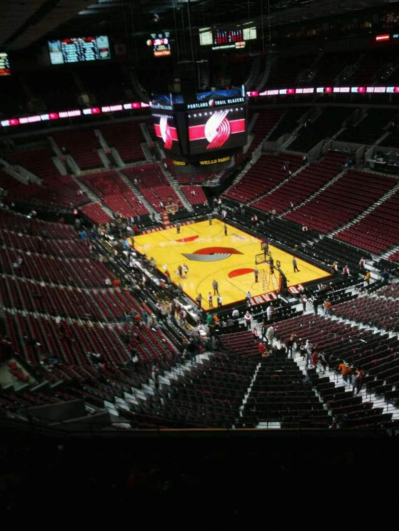 Seating view for Moda Center Section 329 Row k Seat 9