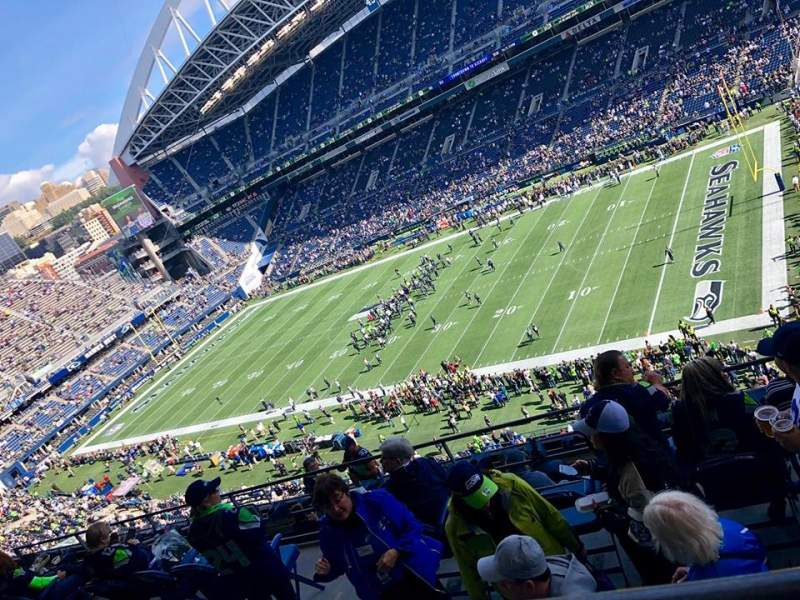 Seating view for CenturyLink Field Section 330 Row G Seat 7