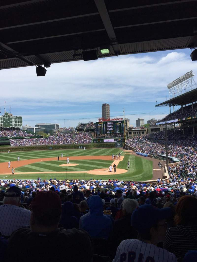 Seating view for Wrigley Field Section 218 Row 10 Seat 105