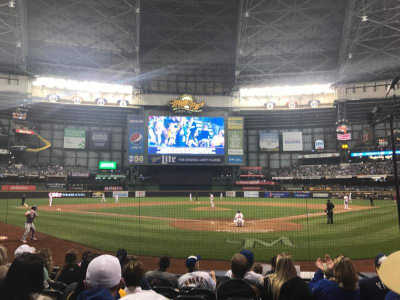 Seating view for Miller Park Section 118 Row 8 Seat 8