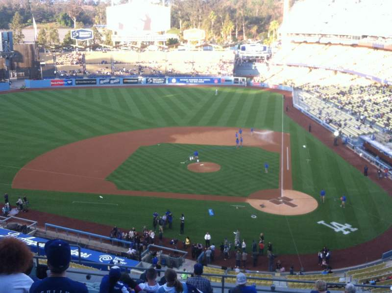 Seating view for Dodger Stadium Section 9RS Row M Seat 12