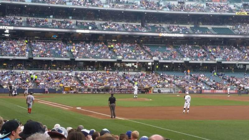 Seating view for Miller Park Section 109 Row 11 Seat 17