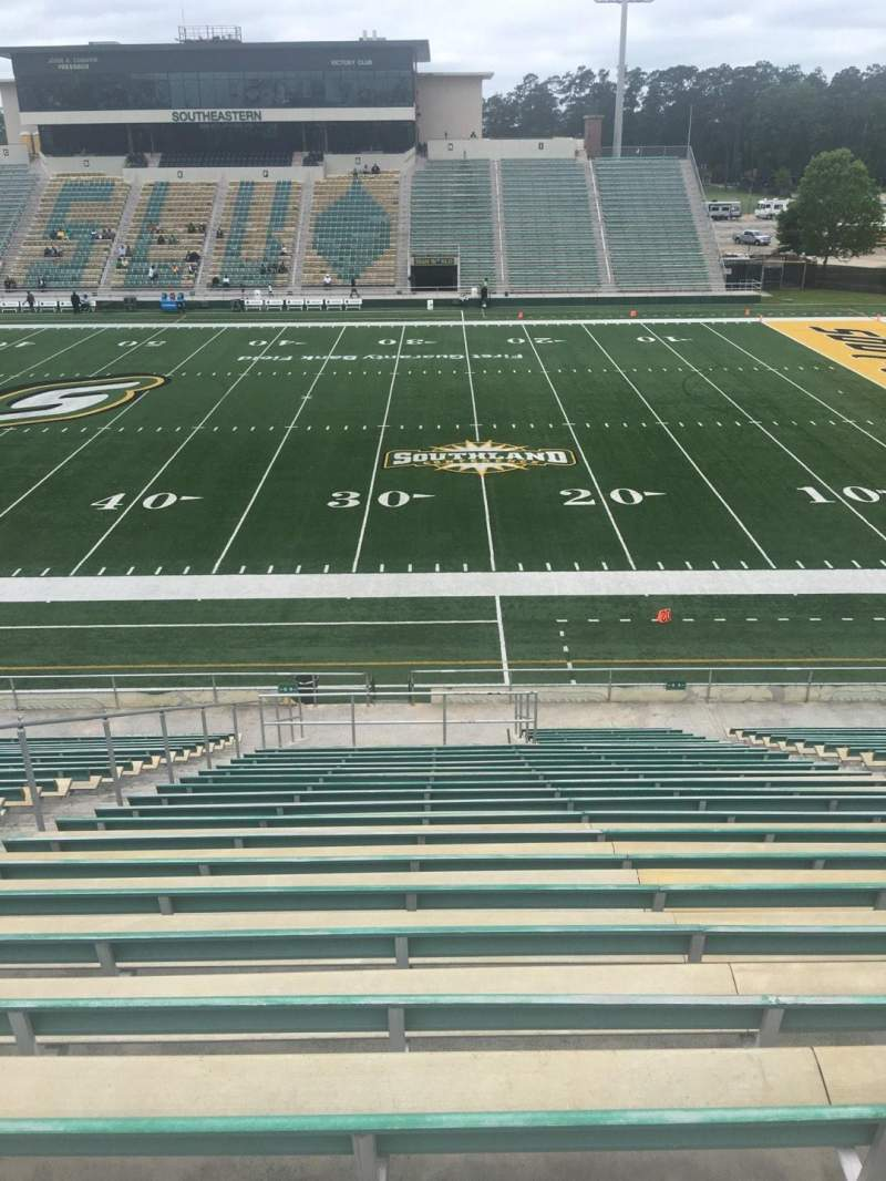 Seating view for Strawberry Stadium Section Q Row 25 Seat 10