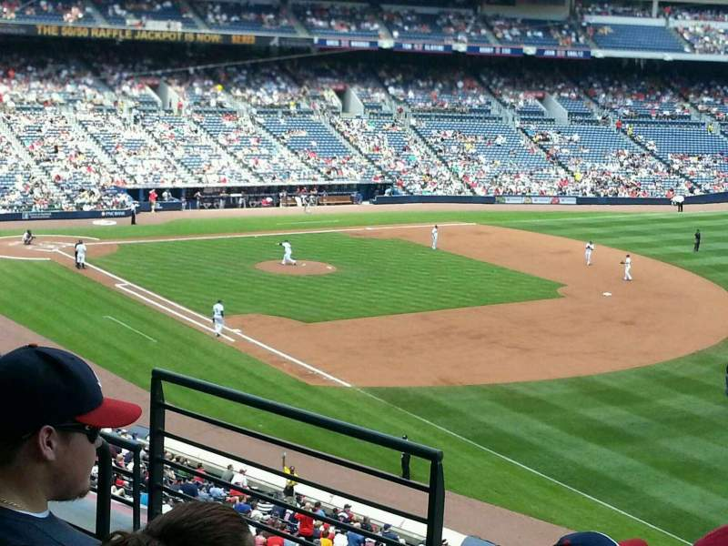 Seating view for Turner Field Section 321r Row 4 Seat 5