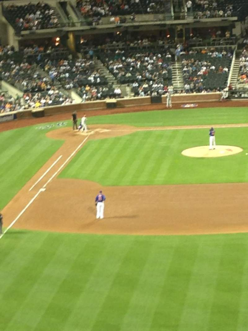 Seating view for Citi Field Section 302 Row 2 Seat 1