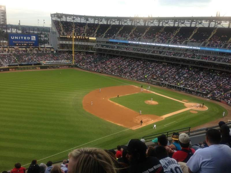 Seating view for Guaranteed Rate Field Section 548 Row 10 Seat 17