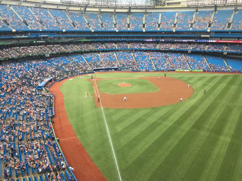 Rogers Centre, section: 510R, row: 1, seat: 3