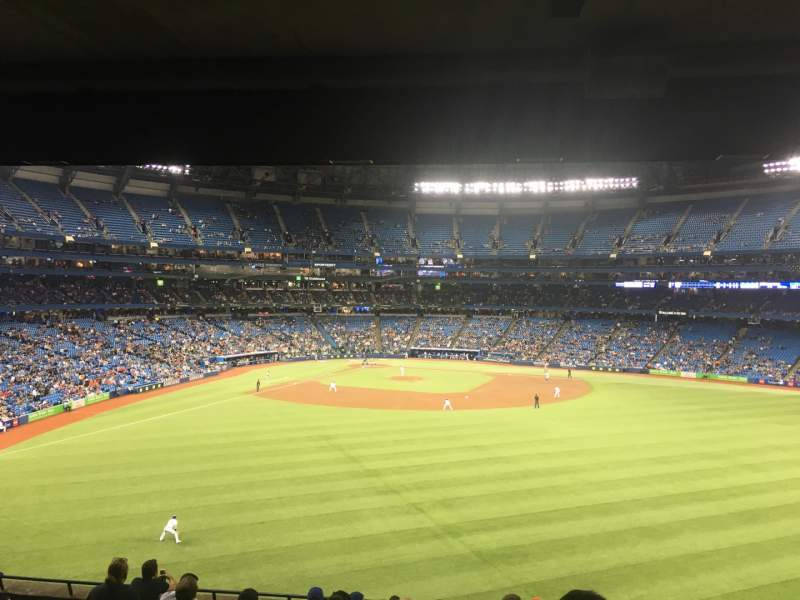 Seating view for Rogers Centre Section 204L Row 11 Seat 104