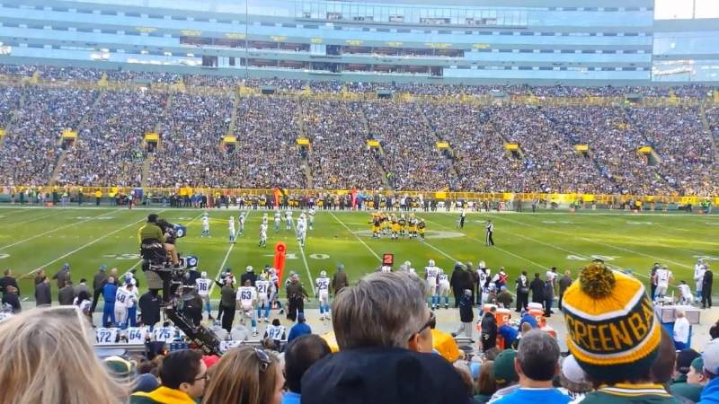 Seating view for Lambeau Field Section 121 Row 19 Seat 20