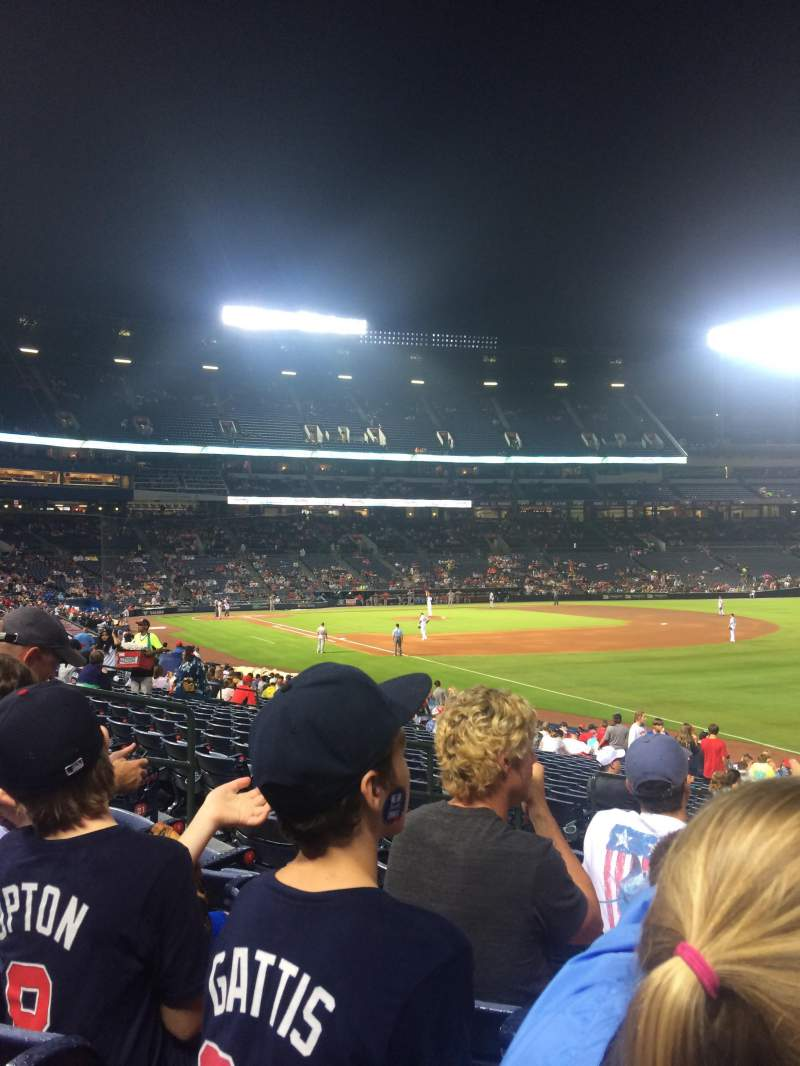 Seating view for Turner Field Section 123 Row 24 Seat 8