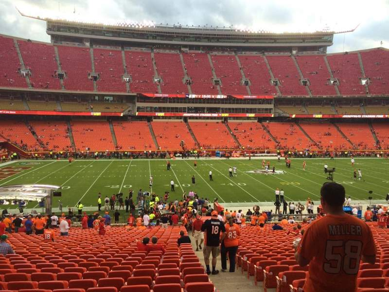 Seating view for Arrowhead Stadium Section 106 Row 36 Seat 27