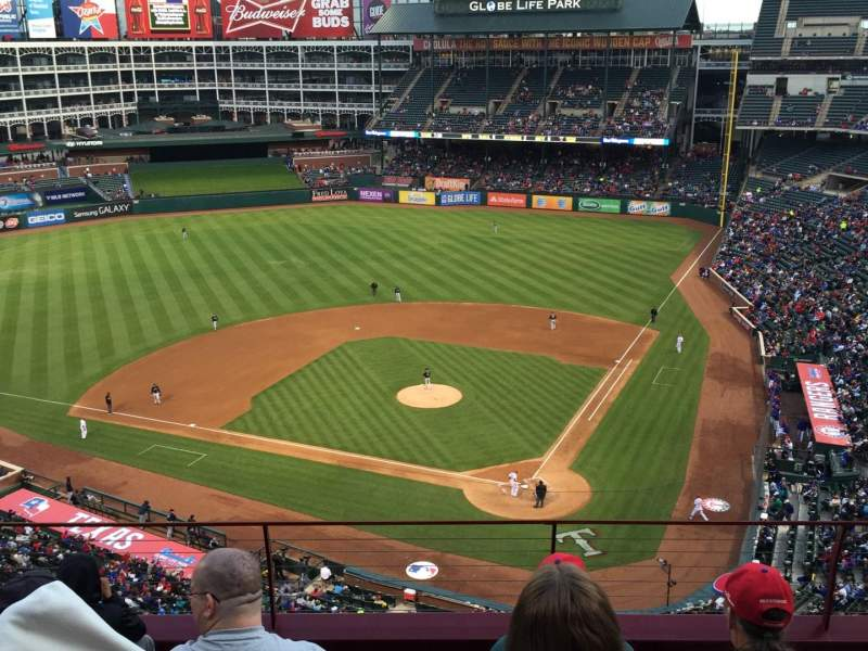 Seating view for Globe Life Park in Arlington Section 323 Row 6 Seat 17