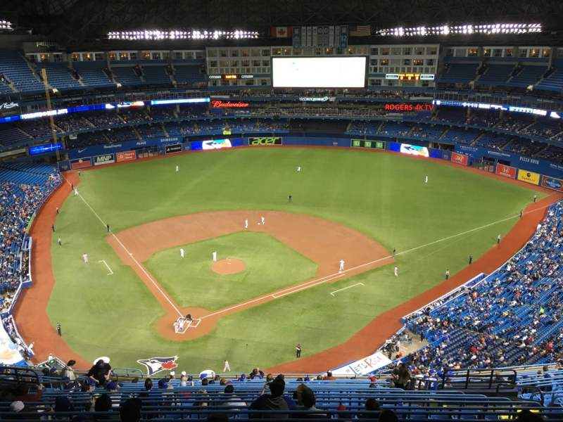 Seating view for Rogers Centre Section 522L Row 21 Seat 111