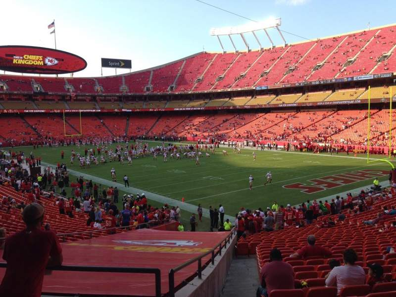 Seating view for Arrowhead Stadium Section 113 Row 32 Seat 24