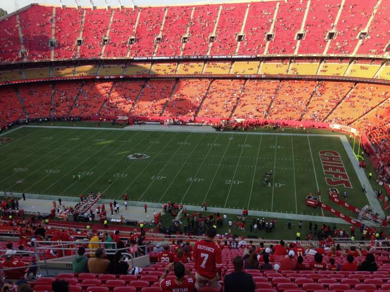 Seating view for Arrowhead Stadium Section 321 Row 27 Seat 16