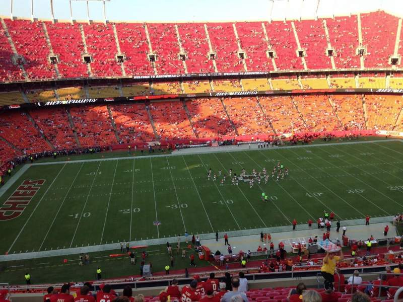 Seating view for Arrowhead Stadium Section 326 Row 16 Seat 9