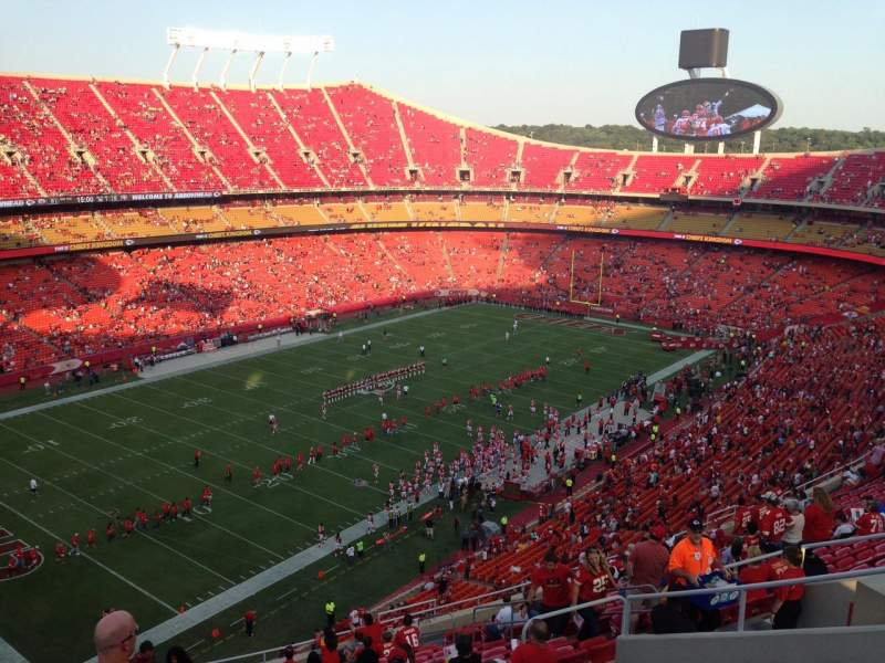 Seating view for Arrowhead Stadium Section 329 Row 20 Seat 13