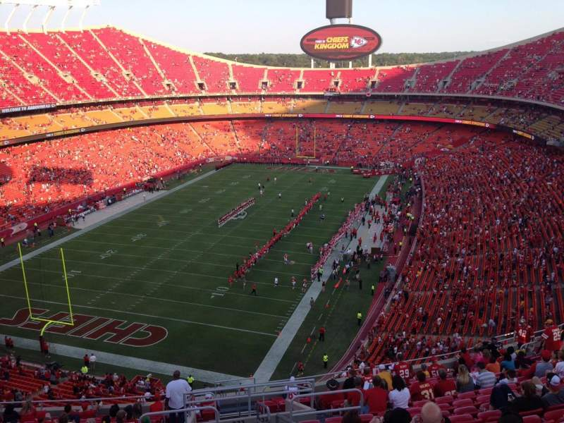 Seating view for Arrowhead Stadium Section 333 Row 20 Seat 1